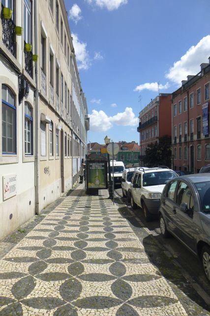 """The spot where the artist José Dias Coelho was assassinated in 1961, the subject of Zeca Alfonso's song """"A Morte Saiu à Rua."""""""
