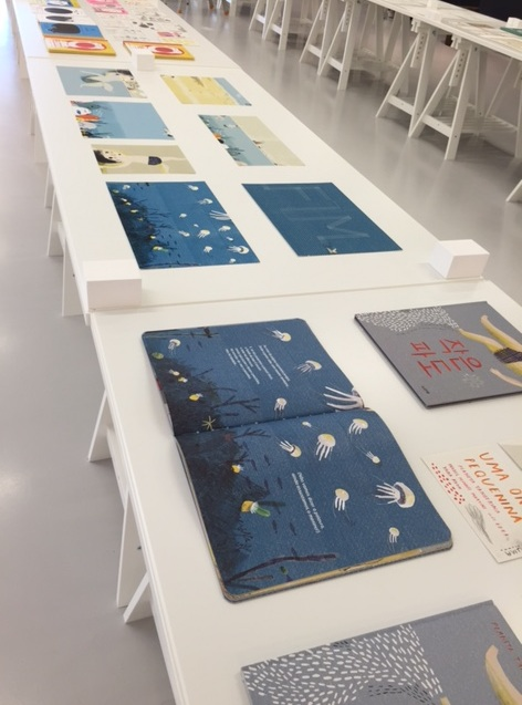 Pages of Little Wave, Japanese and Portuguese editions.